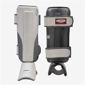 Seven Fightgear Stand-up Shin Guards